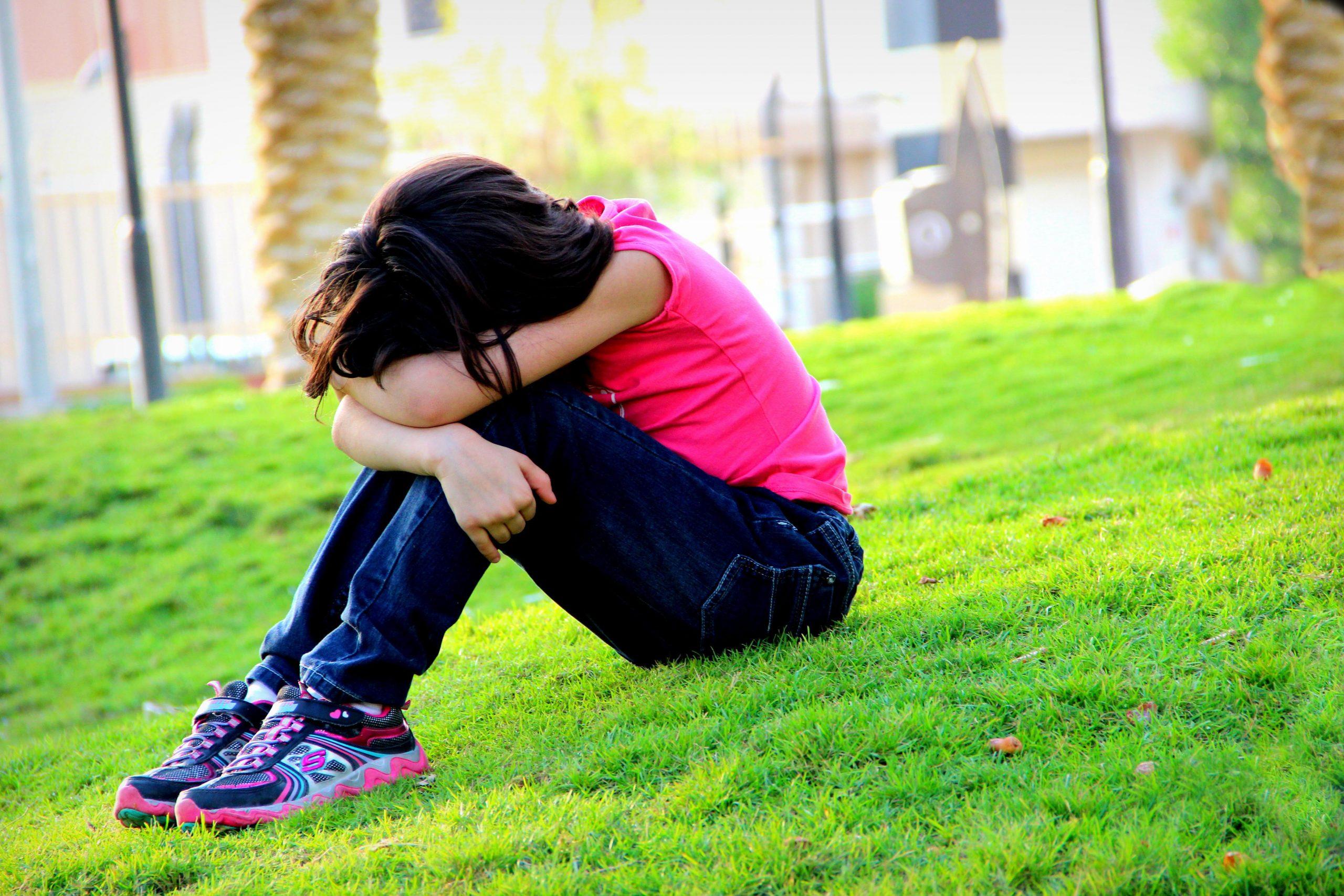 親友と思っていた子にひどい仕打ちをされた娘